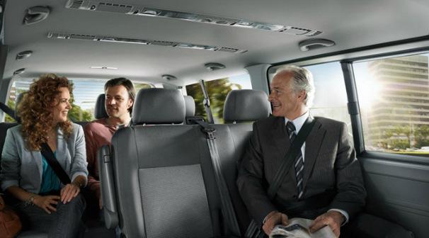 Komfortowe i przestronne wnętrza - podróż naszymi busami to przyjemność